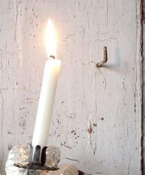 Wachsflecken Auf Holz by Wachsflecken Entfernen Mit Hausmitteln So Klappt 180 S