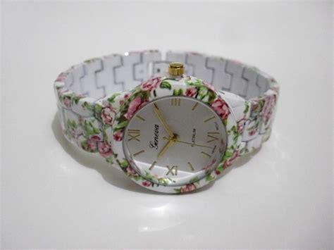 Jam Tangan Wanita Cewek Geneva Rajut Gv12 5 jual jual jam tangan cewek wanita keramik merk geneva motif bunga mawar jkstore