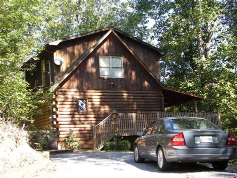 vrbo pigeon forge 4 bedroom pigeon forge vacation rental vrbo 84681 2 br east cabin in tn peaceful mountain