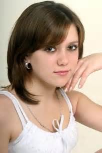 Syaaaaaaap: Cute Hair Styles For Girls With Medium Length
