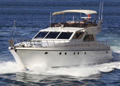 show organizasyon tekne ve motor yat kiralama