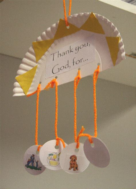 Hanging Paper Crafts - hanging paper plate to show different things we thank god
