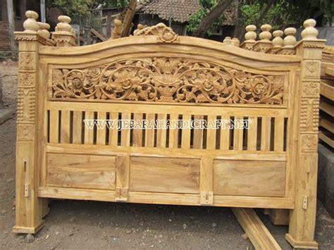 Tempat Tidur Rahwana Bahan Dari Kayu Jati Warna Fenesing Ukur jual dipan jati jepara rahwana murah