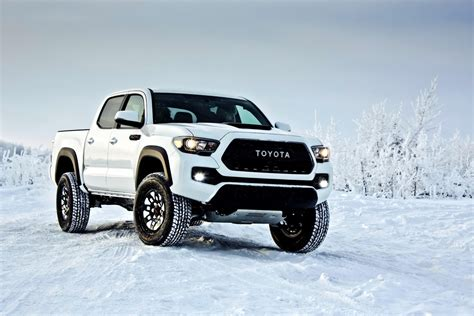 Tacoma Toyota 2017 Toyota Tacoma Trd Pro Is Like A Japanese Raptor