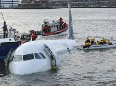 Cool Cabin by Us Airways Plane Crash On The Hudson River Youtube