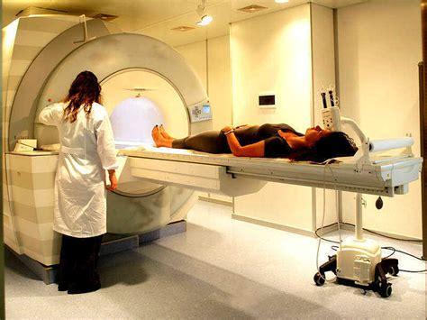 risonanza magnetica con contrasto alla testa risonanza magnetica aperta sarzana risonanza magnetica