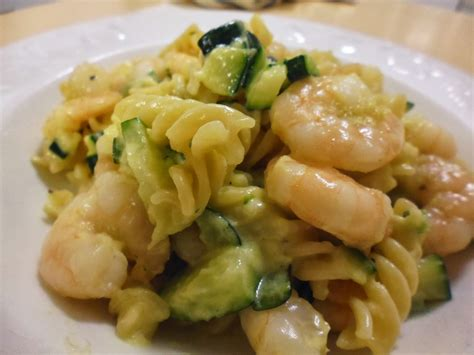 food advisor pasta recipe prawns and zucchini fusilli food advisor