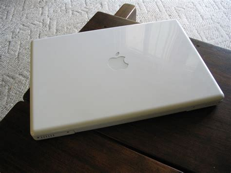 Macbook White macbook white core2duo clickbd