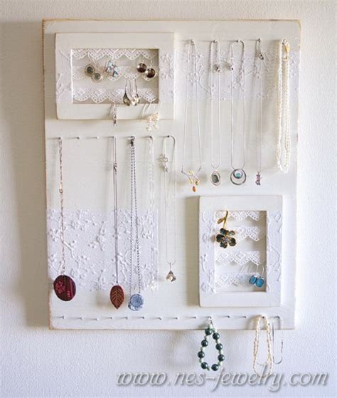 11 romantic diy shabby chic jewelry holders and hangers shelterness