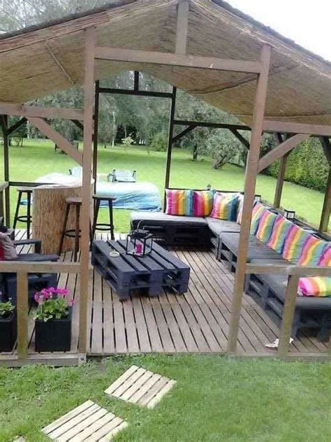 best 25 pallet seating ideas on pallet outdoor wood pallet and outdoor best 25 pallet patio decks ideas on pallet seating pallet deck furniture and