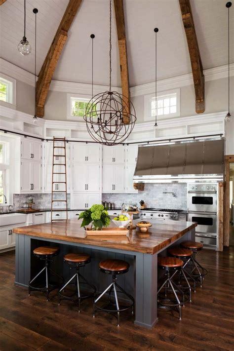 lake house kitchen ideas 25 best ideas about lake house kitchens on cabin doors lake house plans and open