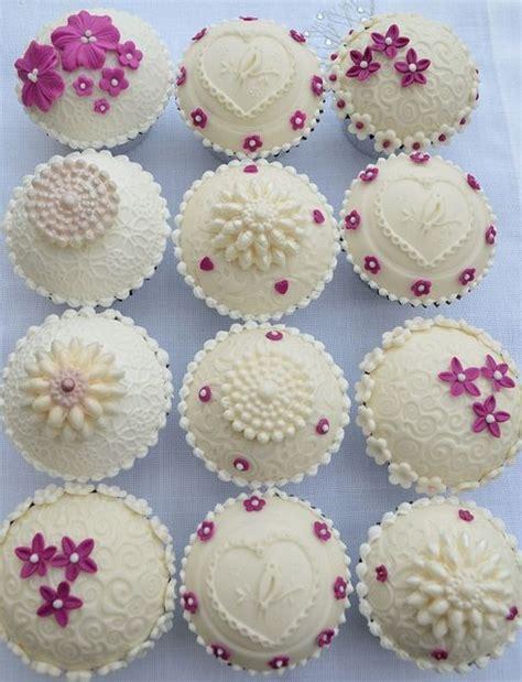 beautiful cupcake cupcakes beautiful mini cakes pinterest
