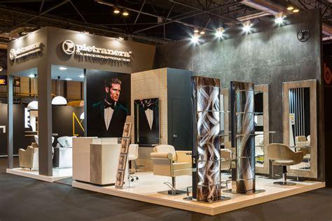 pietranera arredamenti pietranera exhibe la elegancia made in italy en su stand