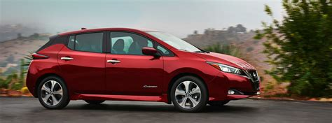 how much does a nissan murano cost how much does the 2018 nissan leaf cost