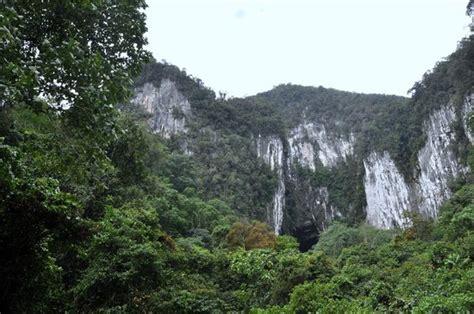 Kin Link Inn Miri Malaysia Asia king s chamber picture of mulu caves miri tripadvisor