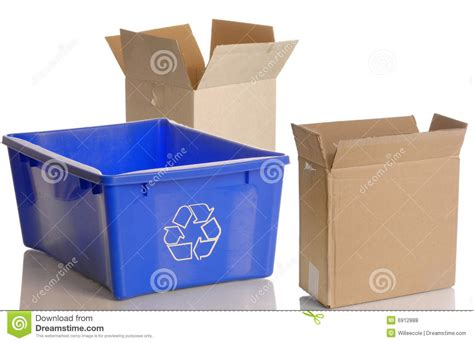 L Recycle Boxes by Recycle Bin And Cardboard Boxes Royalty Free Stock Photos