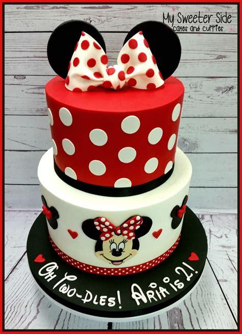 minnie mouse decor cakecentral com minnie two dles cake cakecentral com