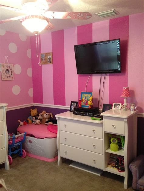 minnie mouse bedroom theme other striped wall in minnie room child s room ideas