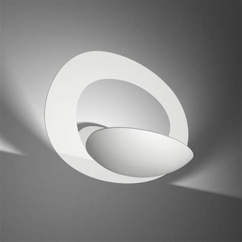 applique led artemide scopri applique pirce bianco di artemide made in design