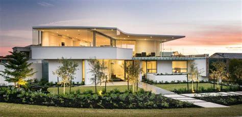 Maison Moderne Carré by Maison Contemporaine En Bord De Mer En Australie