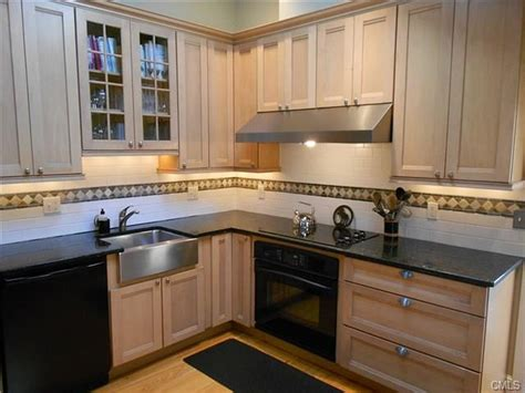 kitchen cabinets in ct kitchen cabinets in ct custom white kitchen cabinets in