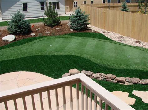how to make a backyard putting green artificial turf outdoor putting green four seasons landscaping