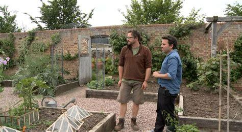oliver s garden tour