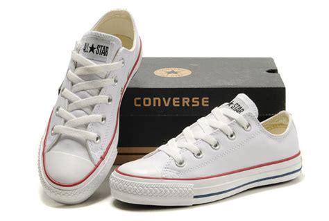 Sepatu Converse Chuck High Edition white leather converse all overseas edition
