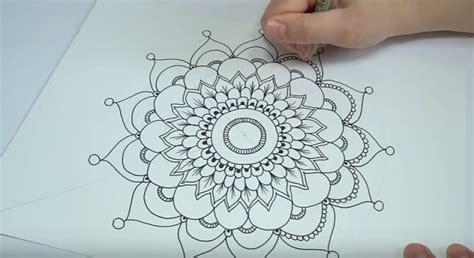 come disegnare i fiori come disegnare i mandala tutorial