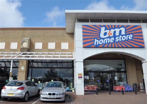 ipswich discount store b m withdraws controversial