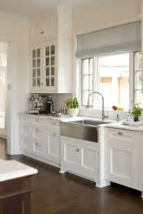 stainless steel farmhouse style kitchen sink inspiration