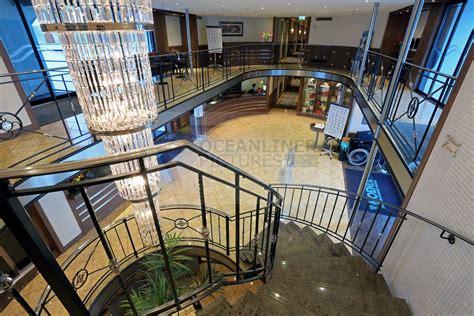 foyer treppen schiffsportrait ms alina bilder und details zum premium