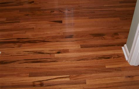 vinyl flooring that looks like wood planks with brown