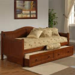 Wood Daybed With Trundle Staci Wood Daybed In Cherry Finish With Trundle 1526dbt