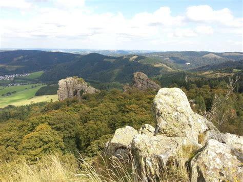 häuser in deutschland ausflugsziel bruchhauser steine in olsberg doatrip de