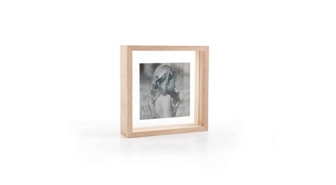DesignApplause Floating box picture frame. xlboom.