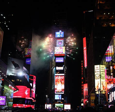 new year fireworks time 360 degree image of times square lets you home