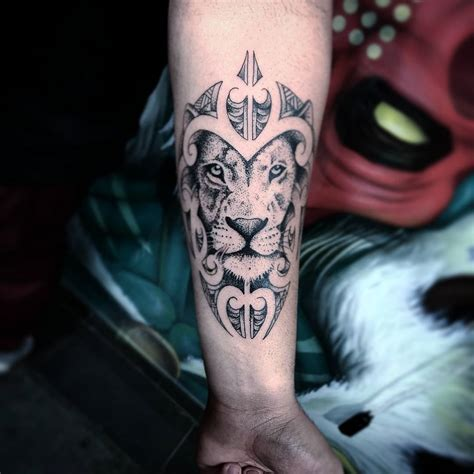 110 best wild lion tattoo designs amp meanings choose