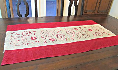 How To Sew A Table Runner by Make A No Sew Stenciled Burlap Table Runner Morena S Corner