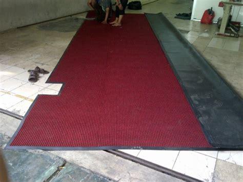 Keset Mie Coil Floor Door Mat Karpet Bangunan Comfort Merah Meteran keset nomad 3m 3100 unique carpet decor indonesia unique carpet decor indonesia