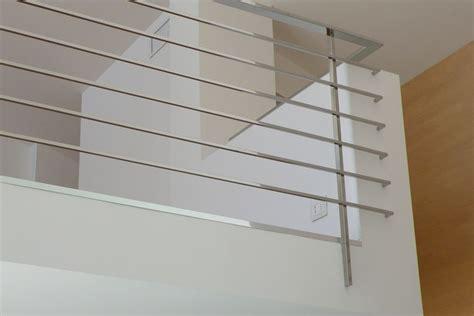 ringhiera scala moderna scale a sbalzo elicoidali a chiocciola con ringhiere in