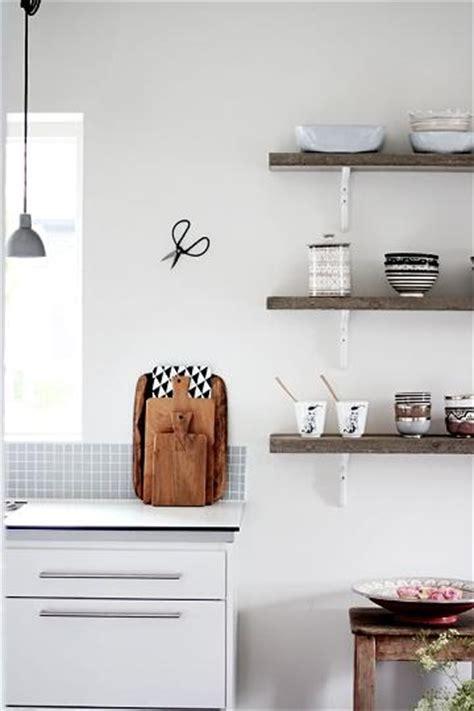 estantes para cocinas modernas 5 ideas para instalar unos estantes en la cocina kansei