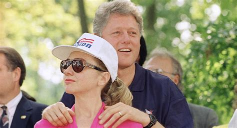 where do bill and hillary clinton live trump plans to target clinton over whitewater politico