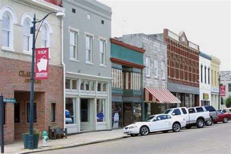 best small town in america 50 best small town downtowns in america