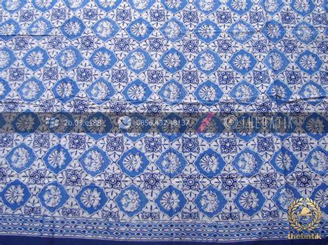 Kemeja Hem Baju Batik Pria Kembang Manggar Biru Turkis jual kain bahan baju batik motif ceplokan biru thebatik