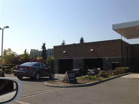 lexus of bellevue car dealers