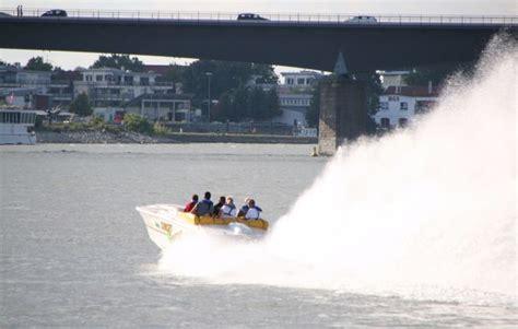 speedboot fahren rhein speedboot fahren in speyer als geschenk mydays