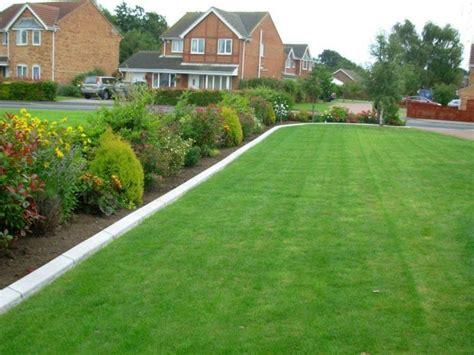 Planter Border Ideas by Garden Lawn Edging Garden Border Edging And Lawn Edging