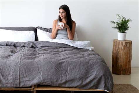how to make a comforter smart bedding makes making your bed a snap