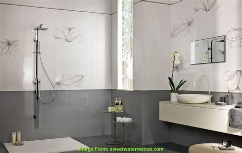 Mosaico Grigio Bagno by Affascinante Rivestimento Bagno Moderno Grigio E Bianco